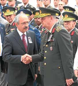 Kılıçdaroğlu ile Başbuğ, CHP ile asker